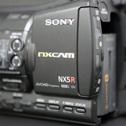 レンズ一体型NXCAMのすべてを詰め込んだNX5Rが遂に登場!